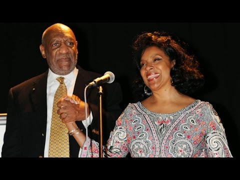 Bill Cosby's Television Wife Speaks Out for First Time