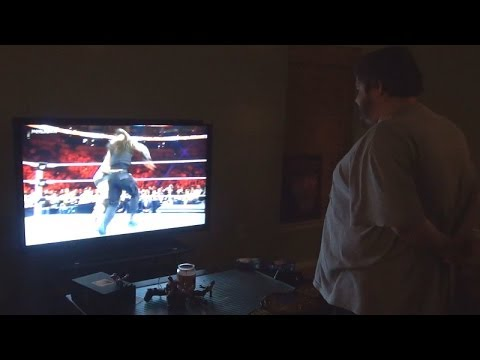 Fat Kid Upset Over Wwe Royal Rumble 2014! video