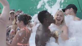 Naked News Highlighting Vacationparties.com at Hedonism II