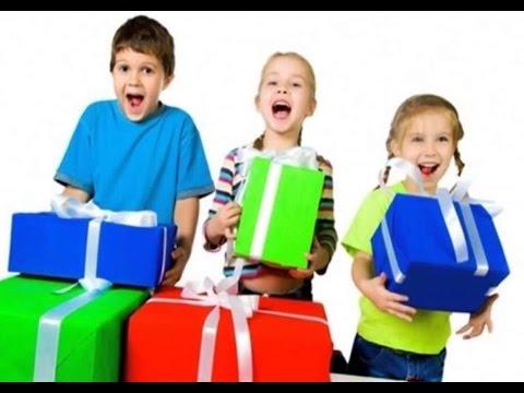 Почему не стоит дарить ребенку много подарков: как не воспитать 28