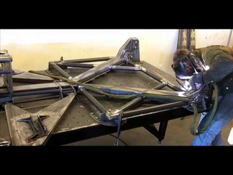 Jesse James Monster Garage Trophy Truck Rebuild - Y Frame Welding The GMR