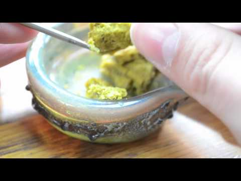 DAB LAB TV - Strain Review #8 (Trainwreck and Afgoo Budder/Wax Dabs)