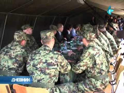 Vučić: Nikom nećemo dozvoliti da nam ukine vojsku