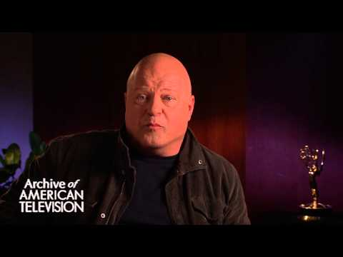 Michael Chiklis discusses advice to an aspiring actor - EMMYTVLEGENDS.ORG