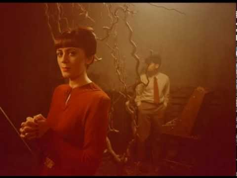 Ladytron - Ace Of Hz (Hermanos Inglesos RMX)