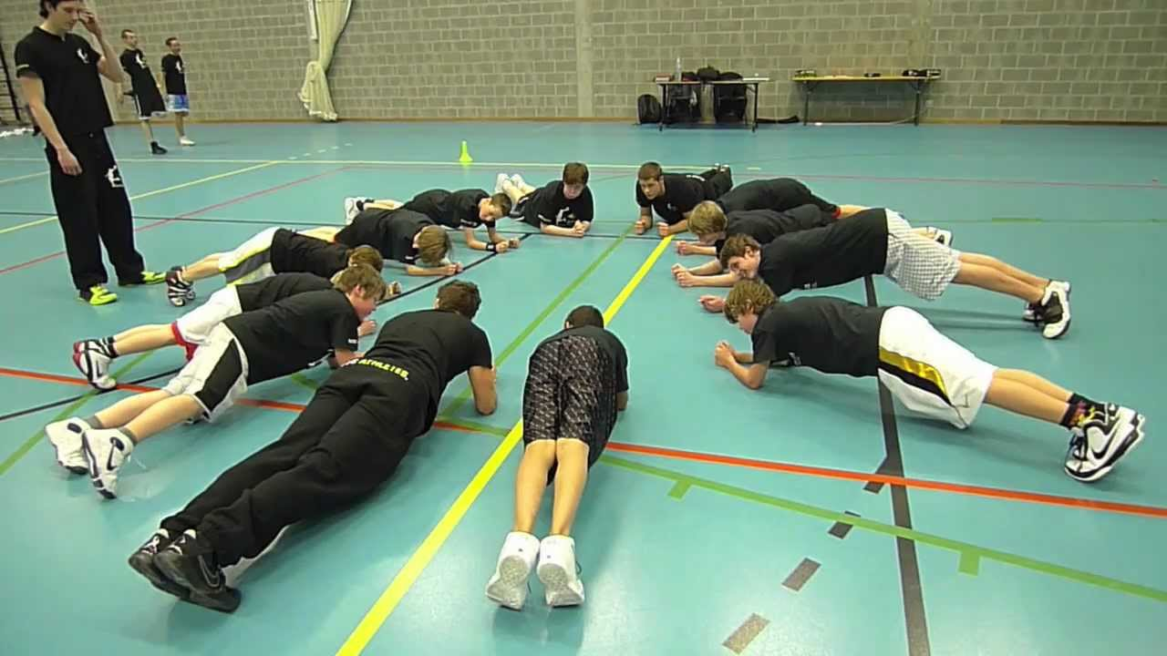 YOUTH Basketball Development Training Program - Elite Athletes Club Training BC Schoten - YouTube