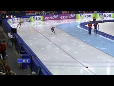 Stefan Groothuis- Denny Morrison 1000m World Cup Final Heerenveen.flv