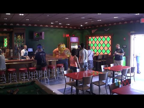 Moe's Tavern opens at Universal Orlando in The Simpsons Springfield Fast Food Boulevard