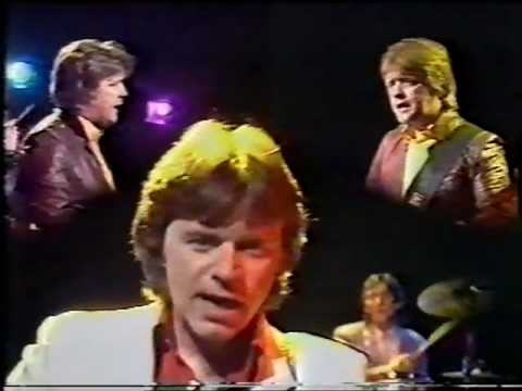 Dave Edmunds and Rockpile - Almost Saturday Night