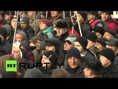 Russia: Thousands rally at anti-Maidan protest in Moscow