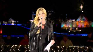 Trisha Yearwood Performs 39 My Favorite Things 39 At Graceland Lighting Ceremony
