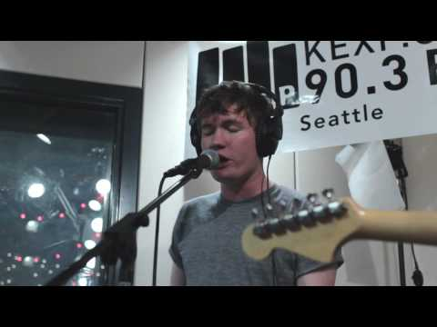 Los Campesinos! - Letters From Me To Charlotte (Live on KEXP)