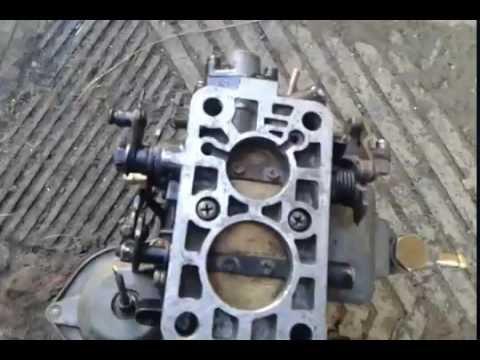 Вазовский карбуратор с открытем 2 х заслонок одновременно.