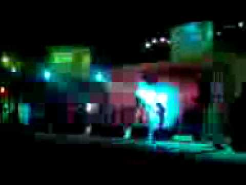 Mohit Chauhan Live at IIT Delhi - Pheli Baar Mohabbat from Kaminey...