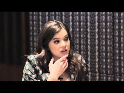 CELEBRITY or SINGAPOREAN FOOD with Hailee Steinfeld