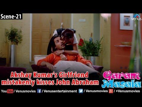 Akshay kumar's girlfriend Kisses John Abraham (Garam Masala) thumbnail