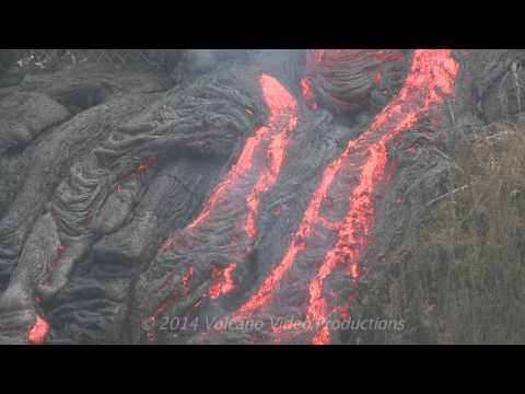 2014-11-14 lava flow activity
