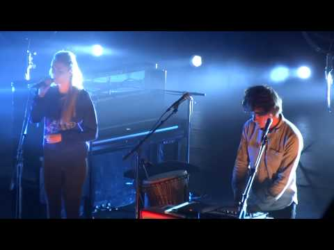 London Grammar - Stay Awake