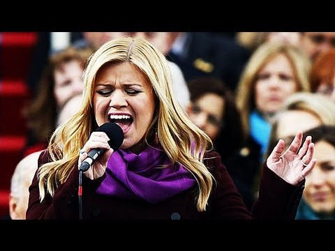Kelly Clarkson performs at President Obama's inauguration