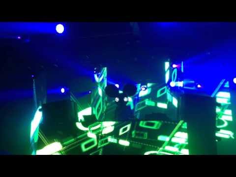 Deadmau5 & 2 Chainz live in Saskatoon 12/29/13 (Best Audio Quality)