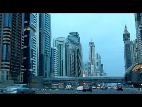 Driving through Dubai (2/2)