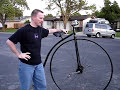 How to mount a penny farthing