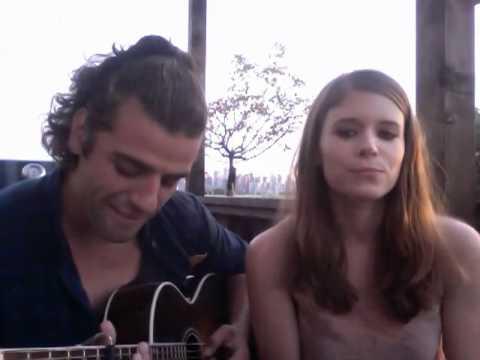 Video Chat Karaoke- Oscar Isaac + Kate Mara '10 YEARS ...