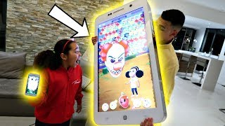 Defeat The Crazy Clown In Tiana's New Game (BUBBLE POP)On Giant iPhone!