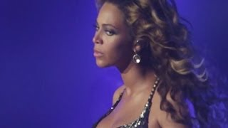 Fan slaps Beyonce's Butt During Concert - HipHollywood.com