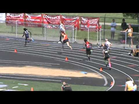 North Union High School - GIRLS 4 X 100 2012 RELAY AT DISTRICTS - (50.69).MPG