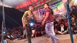 Dupatta Sarak Raha Hai Mera Dil Dhadak raha hai