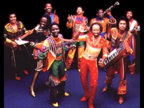 Earth Wind & Fire - Love is Life