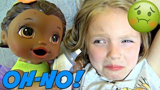 BABY ALIVE takes care of MOMMY! The Lilly and Mommy Show. The TOYTASTIC Sisters. FUNNY SKIT