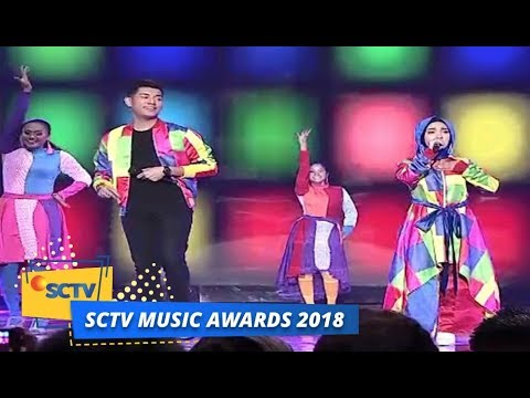 Jaz ft Fatin Shidqia - Teman Bahagia & Shot Me Now | SCTV Music Awards 2018