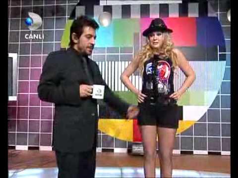Telvizyon makinası klip arkası Yeliz Yeşilmen - Kravat