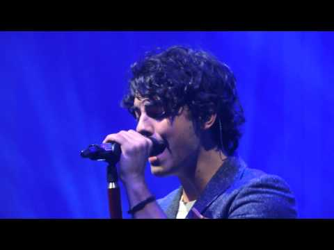 Diamonds (rihanna cover)- Jonas Brothers Music Videos