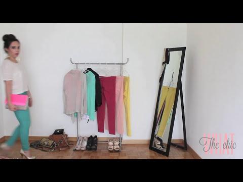 Cómo combinar pantalones de color?