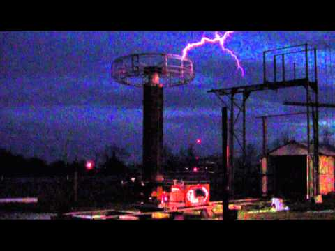 Eldredge Tesla Coil Demonstration 1
