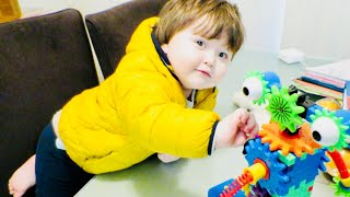 Avivi And His New Toy 😎😘 - 2017