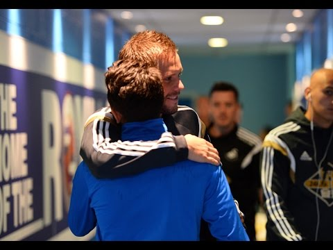 Gylfi Sigurdsson returns to Madejski Stadium | Reading vs Swansea | 02.08.14