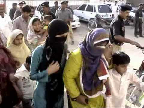 Police Raid on Brothels and arrest 23 prostitutes on 08-aprail-2009 from Rohri( Report Imran malik )