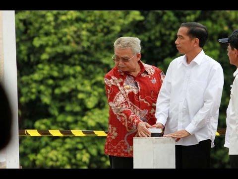 Berita 16 Juli 2015 - VIDEO Jokowi Bagikan Sembako dan Takbiran di Aceh