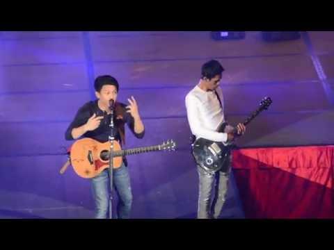 download lagu Menunggumu-NOAH Live Perform Di Hongkong. gratis