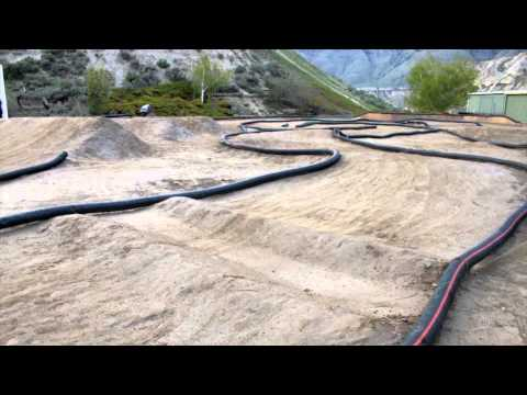 Amateur Hour At the RC Track