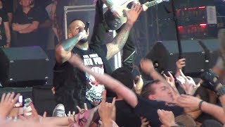 Download Lagu Five Finger Death Punch feat. Tommy Vext CROWDSURFING - Save Yourself - Graspop Metal Meeting 2017 Gratis STAFABAND