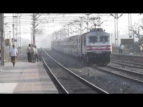 Amul Wap-5... Speed Show With 23 Coaches Ranakpur Express...! video