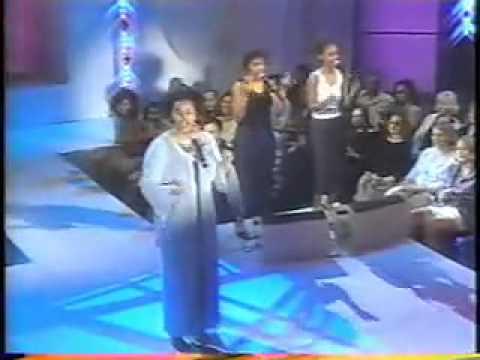 Jill Scott He Loves Me  on Oprah 2001