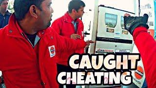 Petrol Pump Fraud INDIA | CAUGHT CHEATING | Indian Oil | Machine Reset Tricks |