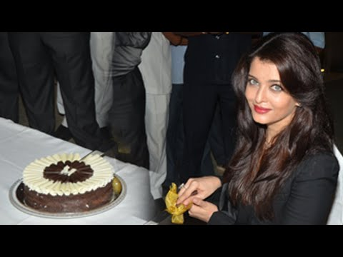 (Video) Aishwarya Rai Bachchan Celebrates 41st Birthday | Message To Fans