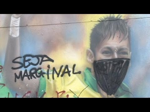 Brazilian graffiti artists protest against the World Cup - no comment